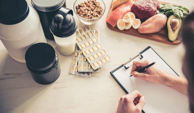 Antrenman sonrası beslenmede karbonhidrat (gainer) önemlidir.