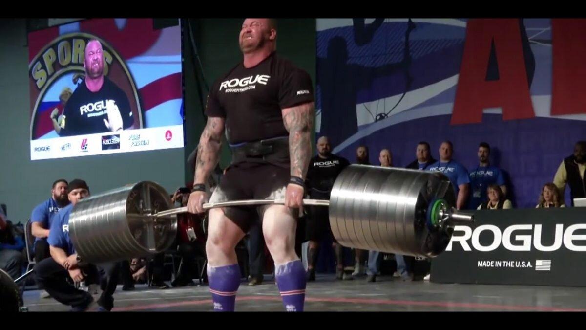 hafthor-bjornsson-472-kiloyla-akillara-sigmayan-bir-agirliga-daha-imza-atti